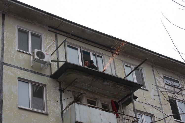 Выносное остекление балконов и лоджий от компании астрой, ту.